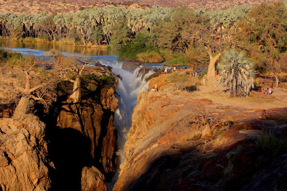 Двенадцать самых красивых водопадов в мире