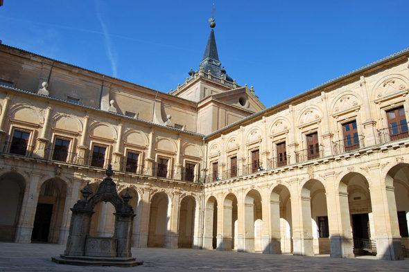 Uclés Kloster: das Haus des Ordens von Santiago