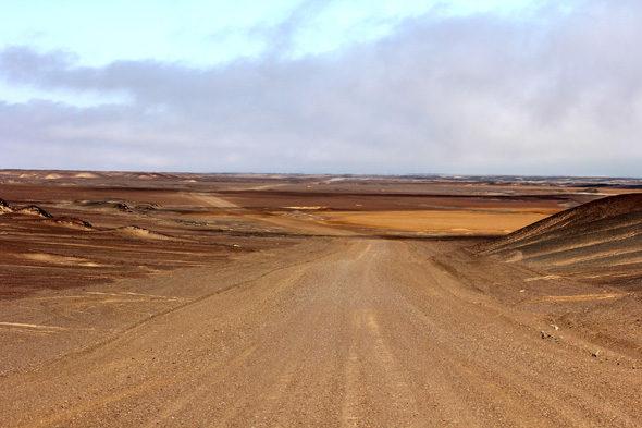 Namibia: aún dos noches y seis nubes de polvo