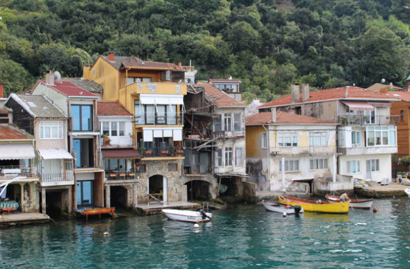 Navegando no Bósforo: Estambul, ás portas de Mar Negro