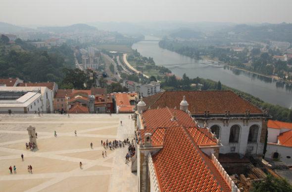 Coimbra: la pirámide del saber