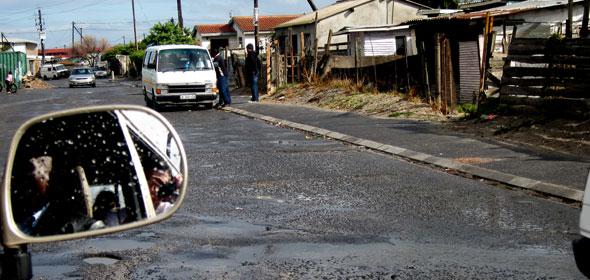 Black taxis: donde caben 12 caben 22