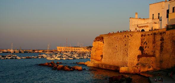 A Puglia: vilas medievais com belas praias