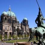 Isla de los Museos y catedral