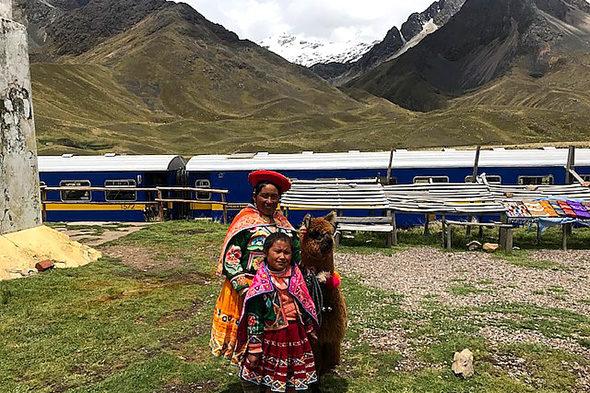 En un tren que escalaba Los Andes