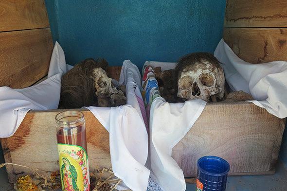 El cementerio de calaveras y el chocolate de los muertos
