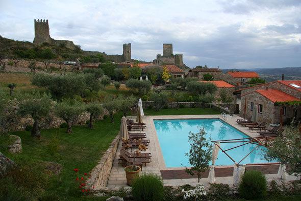Portugal: dos casas de ensueño en la frontera medieval