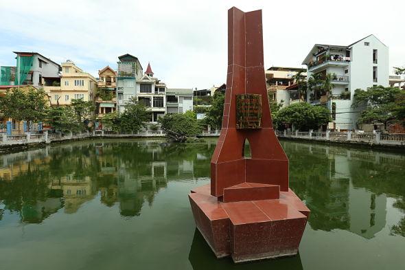 Hanói, el avispero