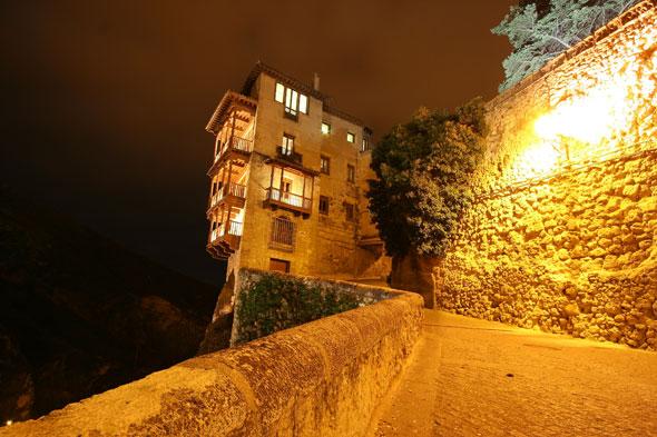 Cuenca: el rastro de la muralla inexpugnable