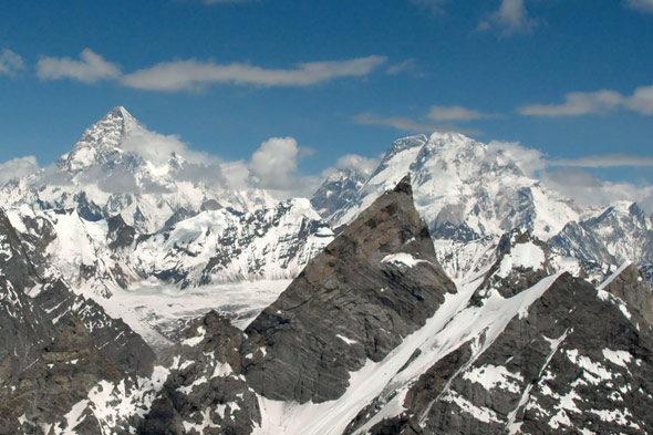 Laila Peak (IV): a cereixa na parte superior dun amor especial