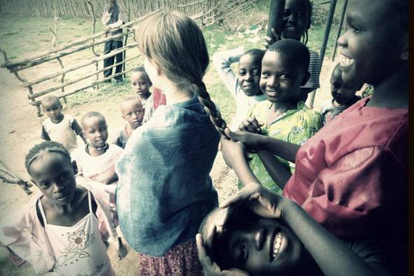 Reírse del miedo en África