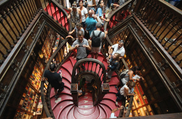 Lello: la ex librería más bella del mundo