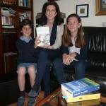 Lorena Lobato con sus hijos Luis y Laura