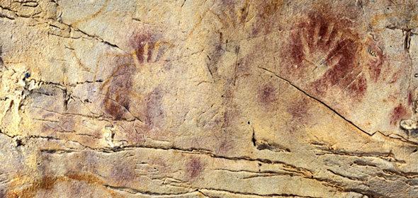 """Monte Cave Castillo: """"Bandeiras pintadas na pré-história?"""