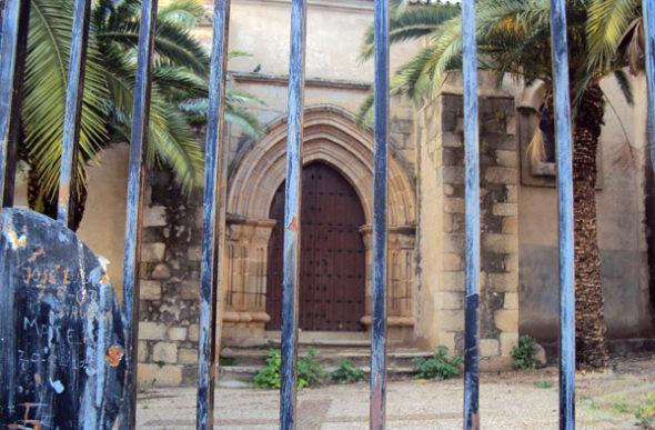 Medellin: ¿existe la pila bautismal de Hernán Cortés?