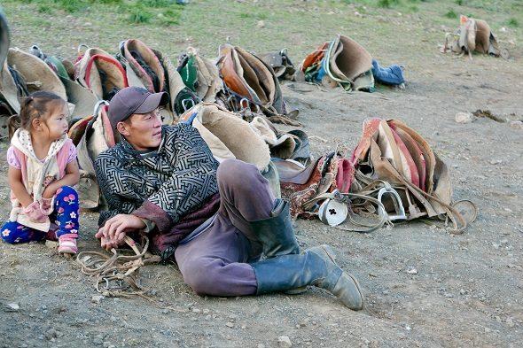Mongolia: el hombre y la tierra