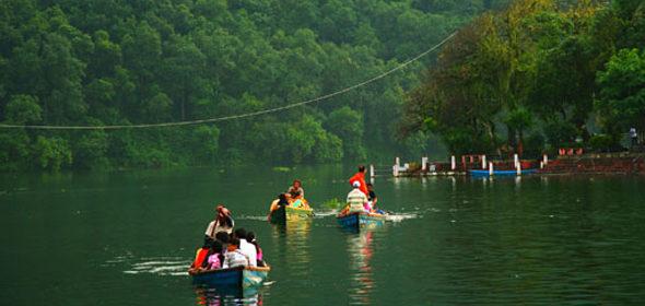Pokhara: Phewa lago sagrado
