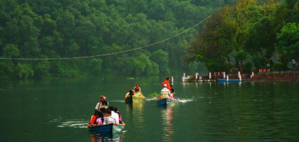 Pokhara: el sagrado lago Phewa