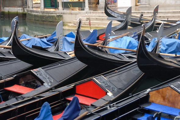 ヴェネツィアの観光客かどうか?