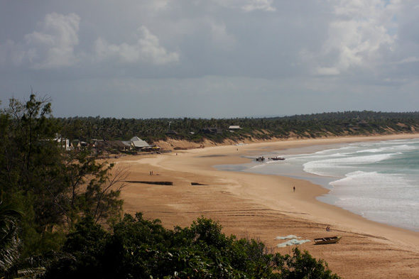 Tofo: backpackers strand in Mozambique