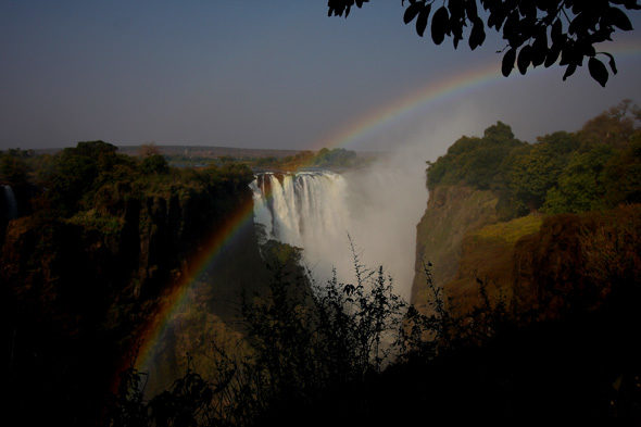 7.200 km depois, Victoria Falls