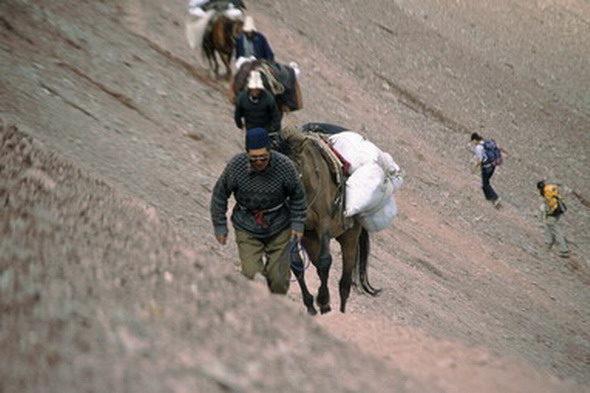 Kirgizstan: a persecución do lobo das montañas