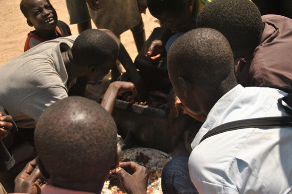 Maio de Prata: mercado onde comen cans e cabalos