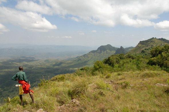Nyuru, Священная гора обрезания