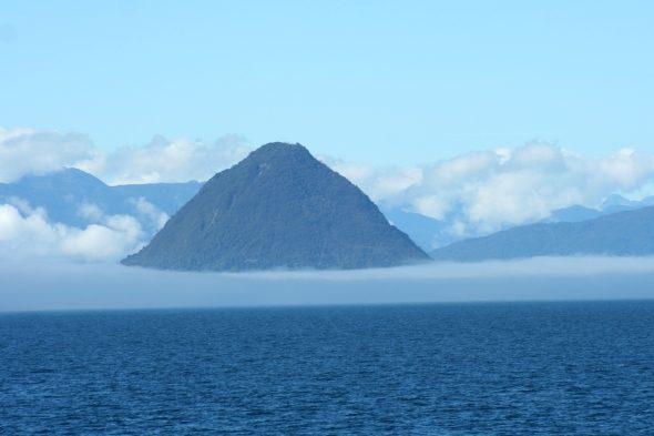 Golfo de Corcovado: vela entre volcáns