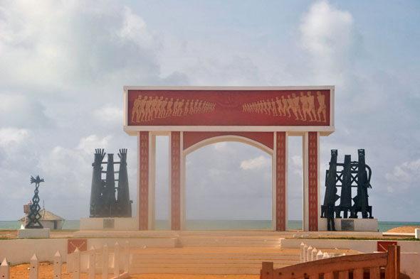 Benin: nonreturn vrata