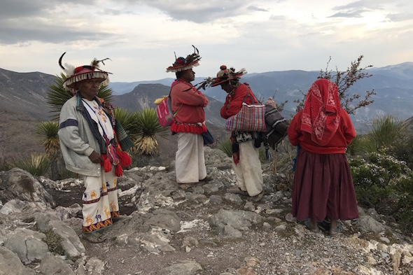 Viaje a Wirikuta, la montaña sagrada de los huicholes