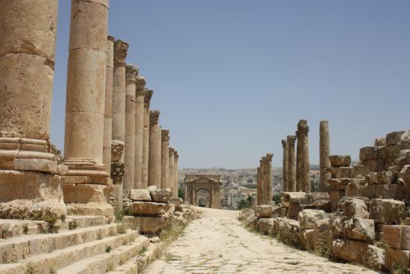 Xordania: más allá de Petra y Rania